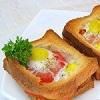 Горячие бутерброды с яйцами и колбасой