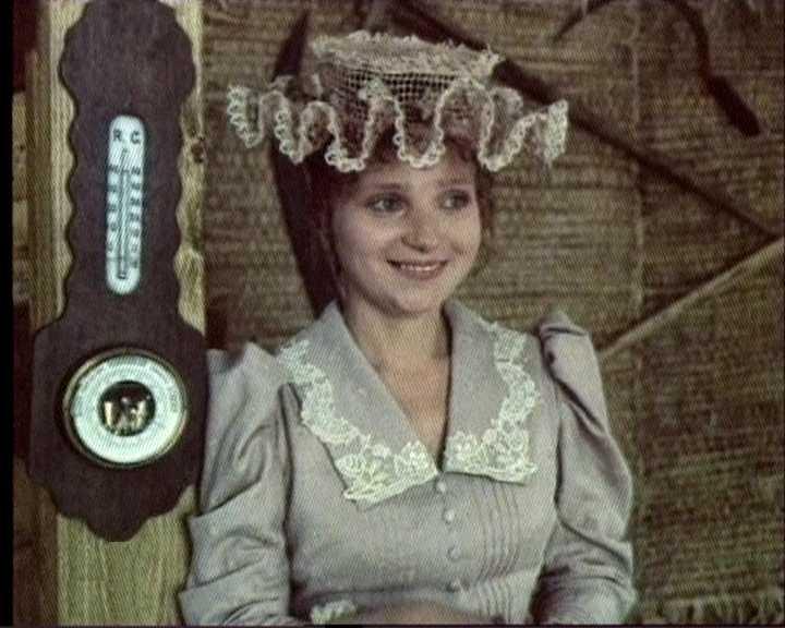 40 лет вместе: с кем всю жизнь живет Евгения Глушенко — актриса фильма «Влюблен по собственному желанию»