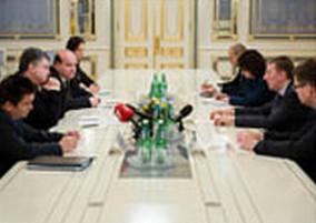 Украинский миллиардер и латышский половой извращенец хотят создать русскоязычный телеканал