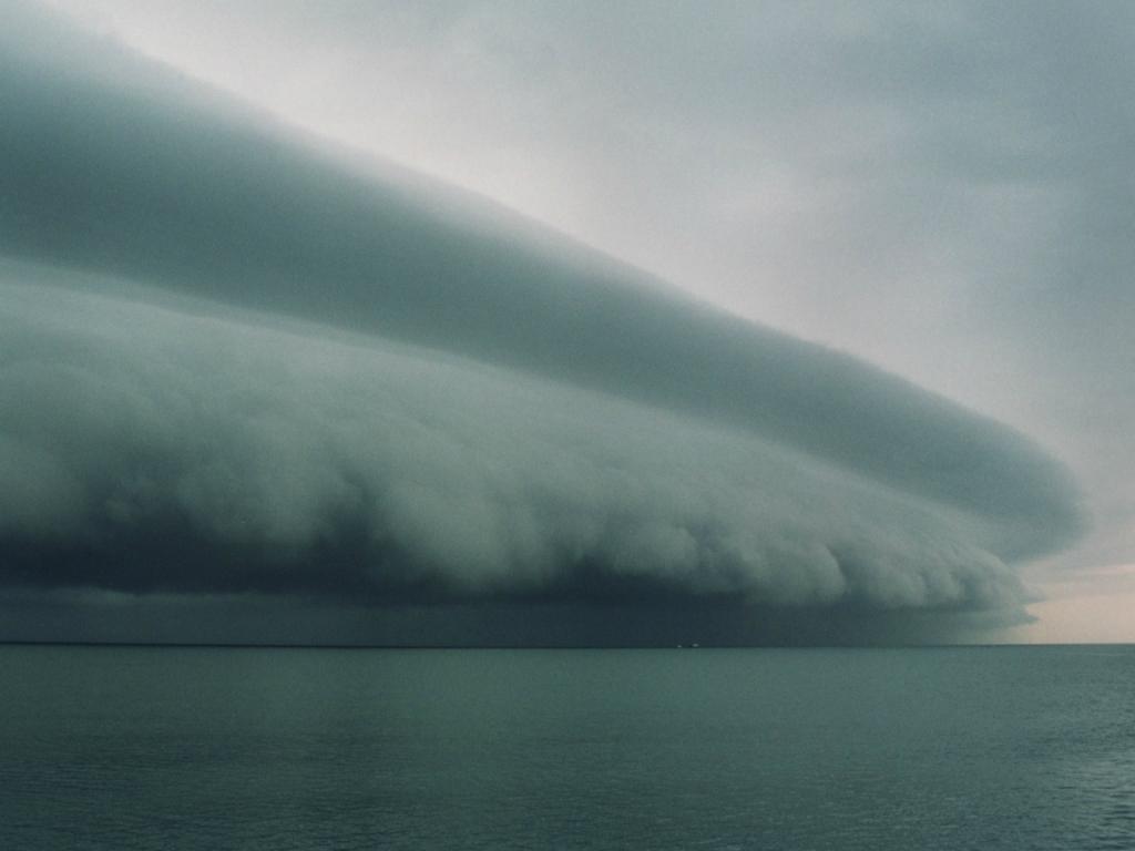 13109 Ураганы и смерчи в фотографиях