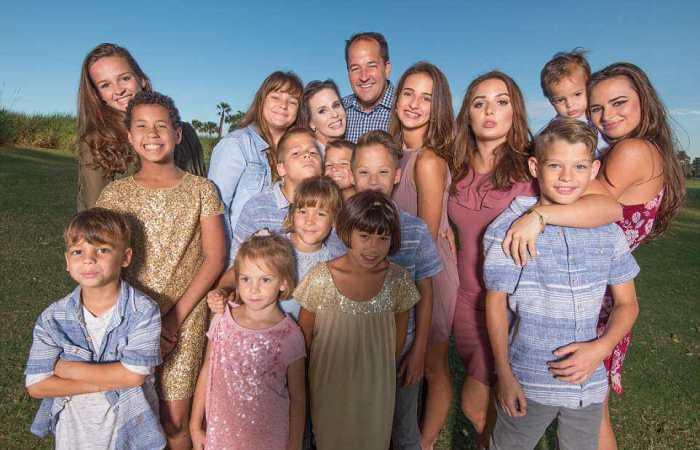 Как успешная мама, воспитывающая 16 детей, умудряется отлично выглядеть и заниматься собой