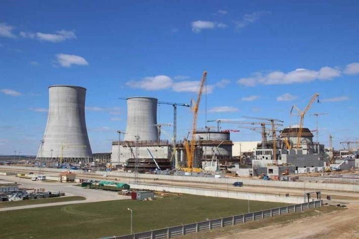 На первом энергоблоке Белорусской АЭС завершено бетонирование купола наружной защитной оболочки