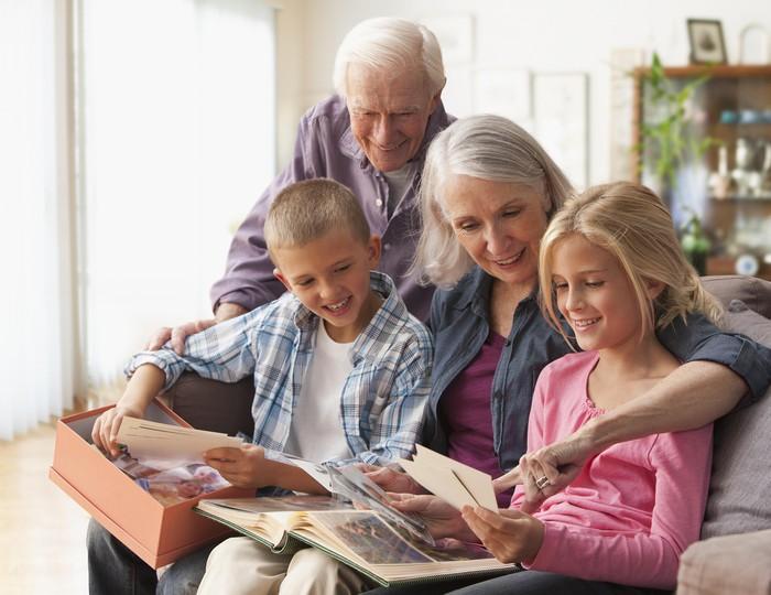 А дедушки ведь тоже важны!