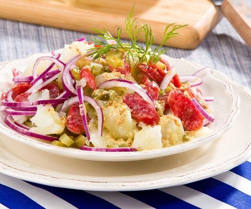 Немецкий картофельный салат/Фото: Олег Кулагин/BurdaMedia