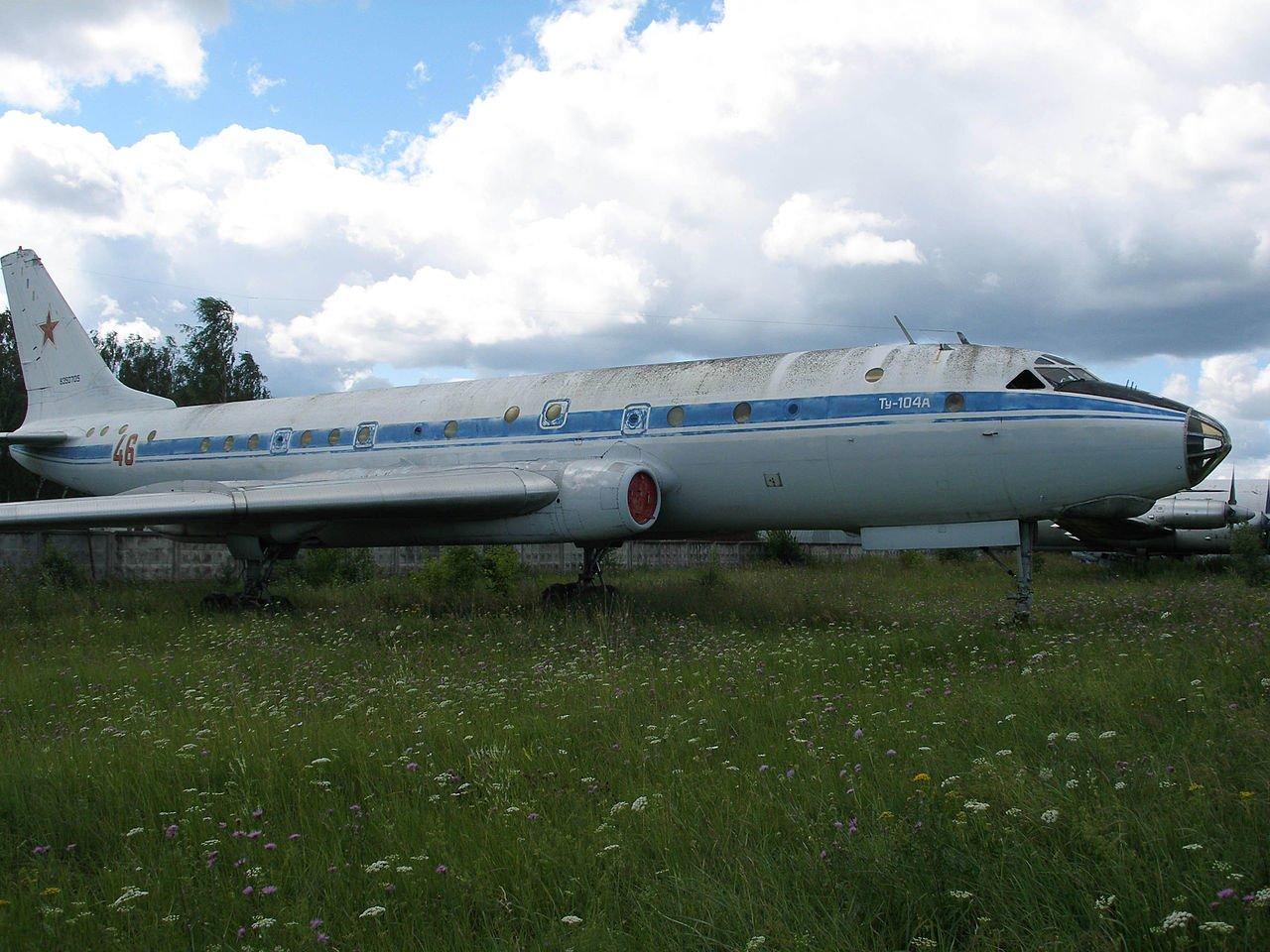 Ту-104 против Boeing: как Запад признал превосходство СССР в развитии первого реактивного пассажирского лайнера