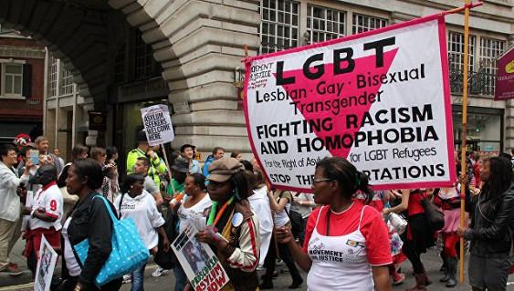 Из-за отказа преподавать детям тему ЛГБТ в Лондоне закрыли школу