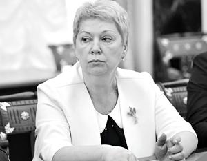 Министр Васильева предложила сократить допустимое число приемных детей в семье