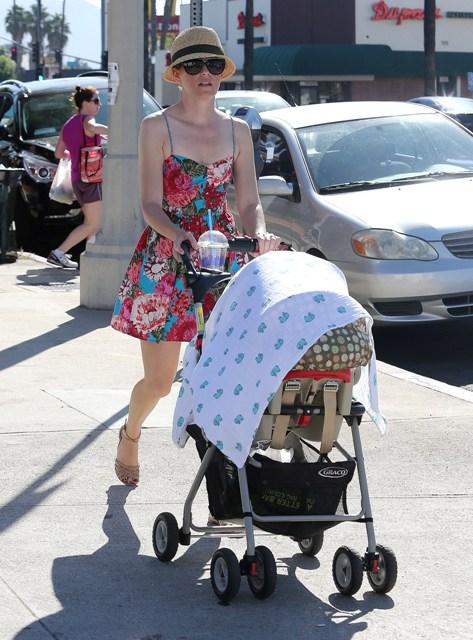 Знаменитости и суррогатное материнство