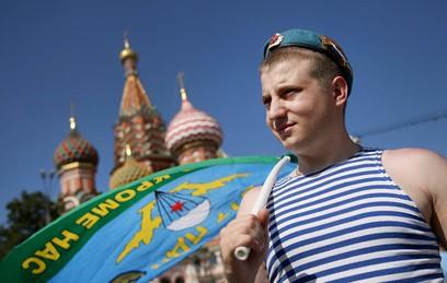 Как в России отмечают День ВДВ