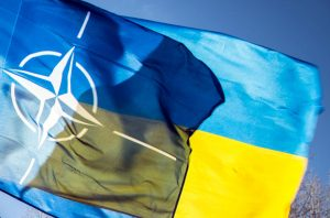 Вступление Украины в НАТО поддерживают лишь 40% опрошенных