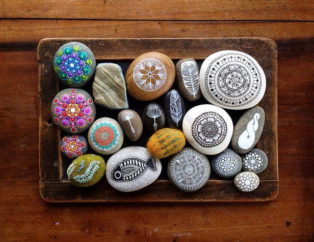 Декоративное панно из камней