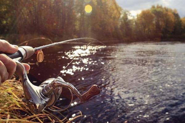 Рыбалка со спиннингом в весеннюю пору