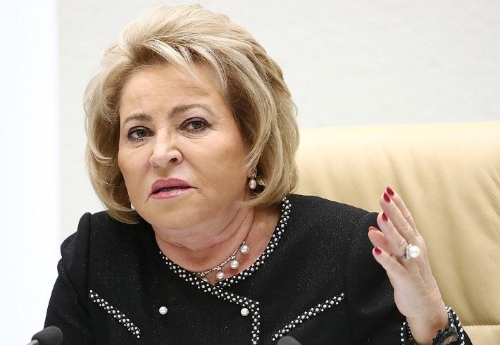 Матвиенко жестко ответила министру