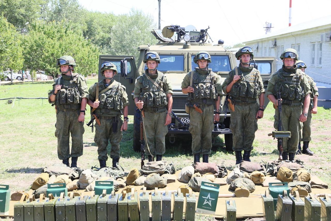 Две бригады спецназа стали гвардейскими