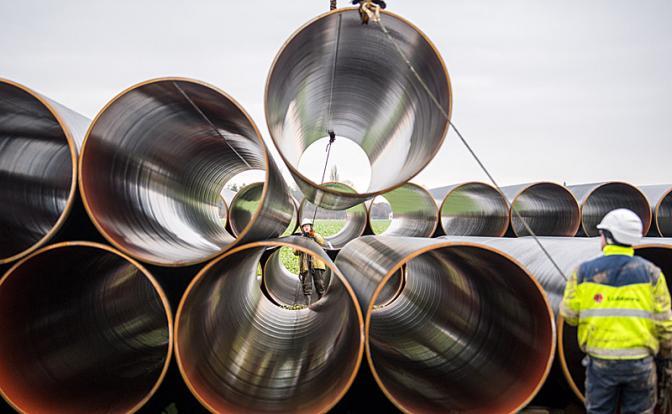 «Северный поток-2»: Труба «подвисла» на дне моря