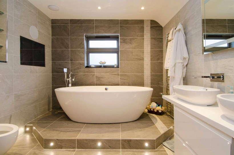Плитка для ванной комнаты — 40 фото из коллекции 2018 года