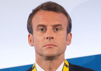 Макрон намерен придать российско-французским отношениям новый импульс
