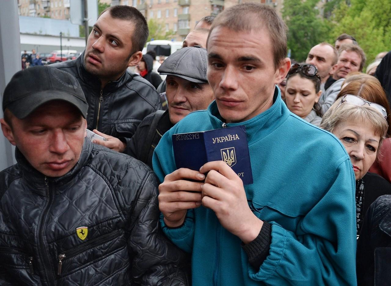 Украинцев будут принудительно обыскивать в магазинах Польши