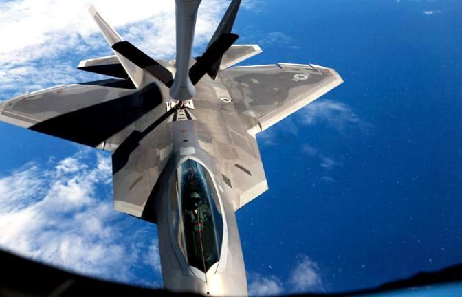 F-22 готовятся проверить русские С-300 и погибнуть