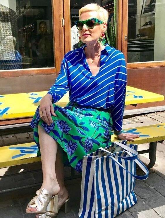 Яркие аксессуары для женщин 40-50 лет, которые сделают вас ультрамодной