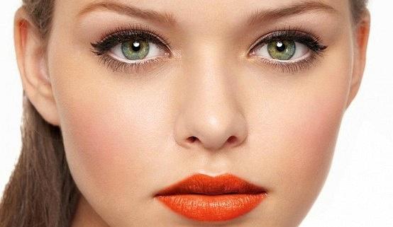 Как сделать глаза больше и выразительнее с помощью макияжа