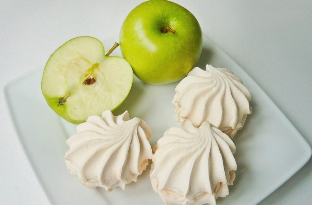Зефир из кислых яблок: пошаг…