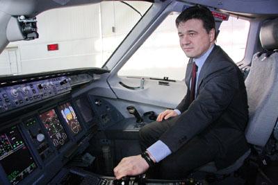 Очередной рабочий визит временно исполняющего обязанности губернатора Московской области Андрей Воробьёва в Жуковский, 23 марта 2013.