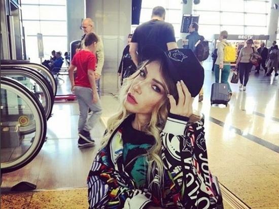 Певица Юлия Самойлова заявила о планах покинуть Россию