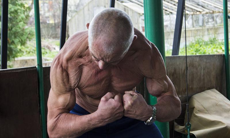 Пенсионер-бодибилдер из Беларуси объявил войну старости