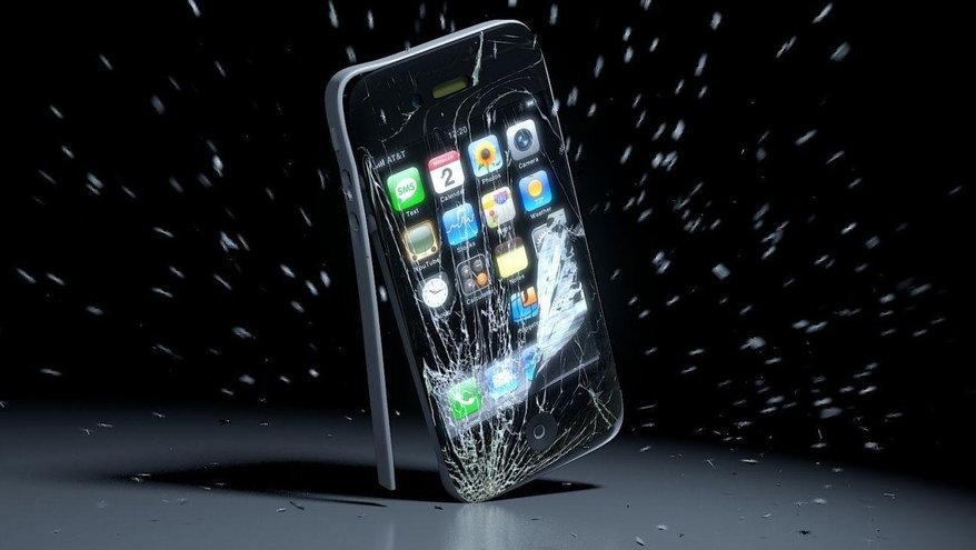 Названы самые ненадежные смартфоны на Android и iOS