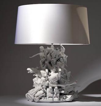 Как сделать настольную лампу из старых игрушек