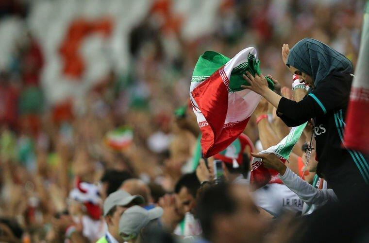 Иран: посещать футбольные матчи в мире, закон, обычай, порядок, факты