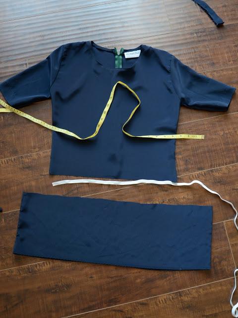 Как перешить футболку в топ с баской