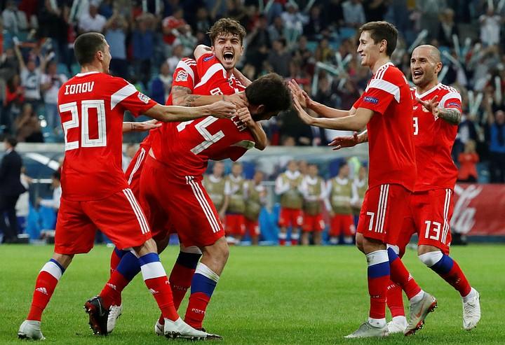 Матч Россия - Турция: наши выигрывают 1:0 после первого тайма
