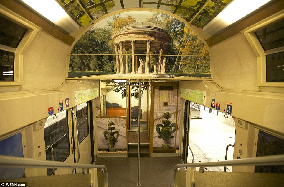 Paris commuter train 5 Версаль в электричке