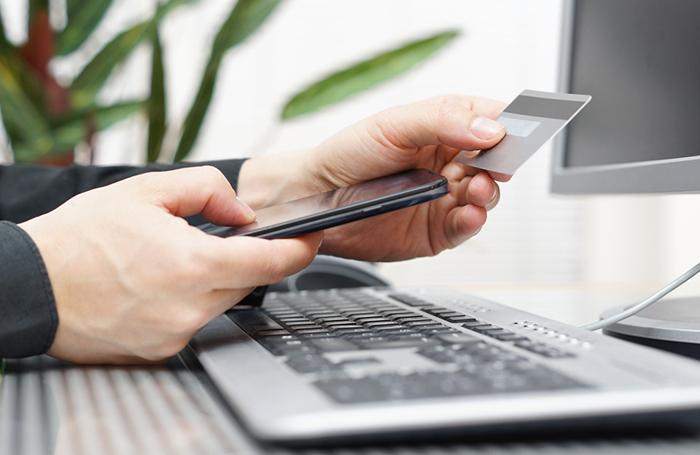 К системе быстрых платежей по номеру телефона подключился ВТБ