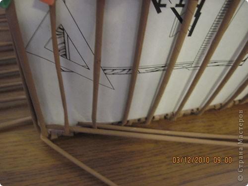 Мастер-класс,  Плетение, : Плетение квадратной (прямоугольной ) коробки Бумага газетная . Фото 19