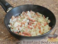 Фото приготовления рецепта: Спагетти в тыквенном соусе с беконом - шаг №8