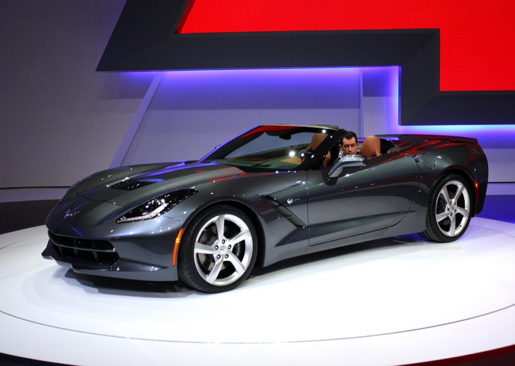 Кабриолет Chevrolet Corvette Stingray