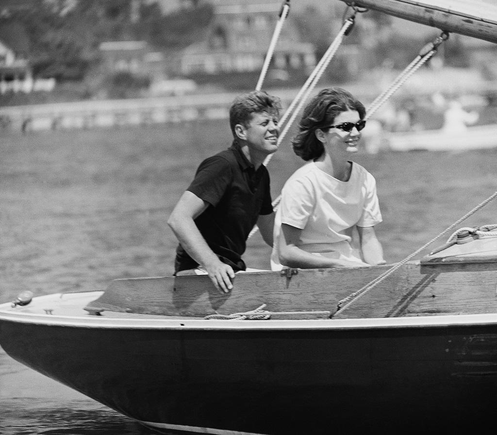 В США опубликовали около трех тысяч документов об убийстве Кеннеди