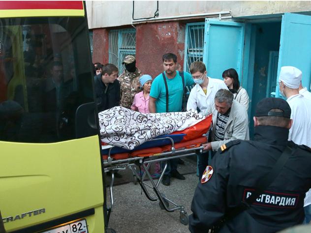 Часть пострадавших при стрельбе в колледже Керчи получили компенсации