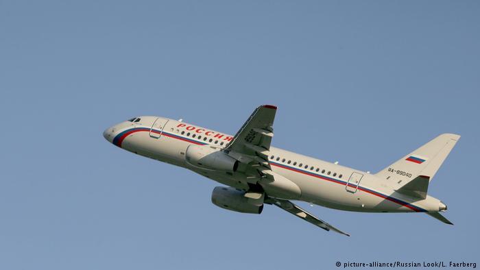 Иран готов покупать у России самолеты SSJ 100