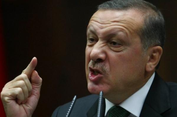 Турецкому журналисту грозит до8 лет лишения свободы закритику Эрдогана