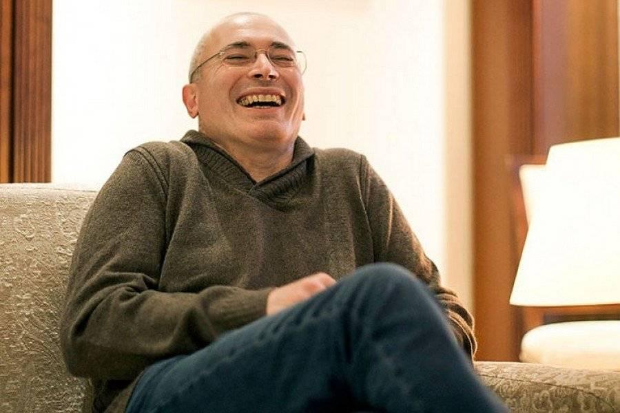 Ходорковский одобряет: «Новые луддиты» против метро