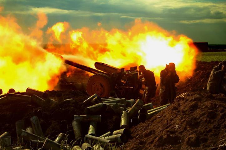 ВСУ атаковали ДНР по всей линии фронта – военкор