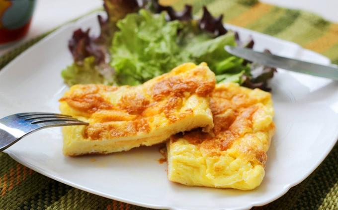 Яичные конвертики с сыром