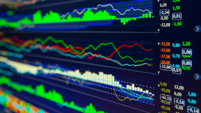 Российский рынок акций захлестнули «медвежьи» настроения под влиянием целого ряда негативных факторов