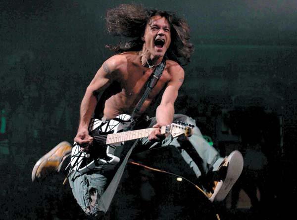Топ-10 лучших рок-гитаристов всех времен и народов