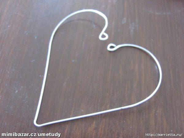 Сердечки из проволоки с обвязкой крючком (6) (600x450, 92Kb)