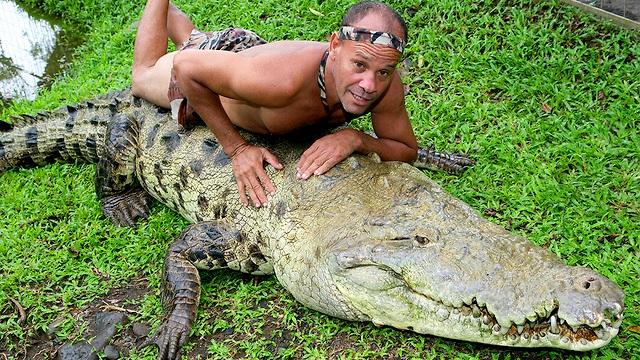 И крокодилы умеют любить! (невероятная история)